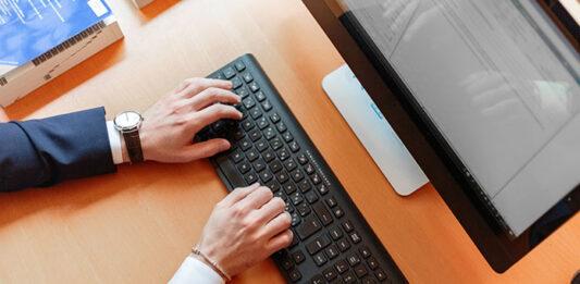 Komputery nowe czy używane? O czym musimy pamiętać przy zakupie?